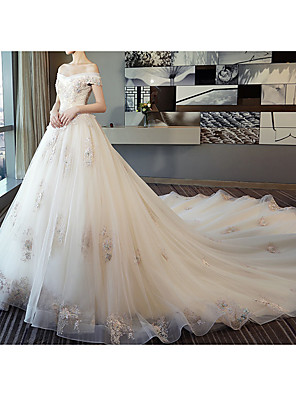 cheap Wedding Dresses-Ball Gown Off Shoulder Watteau Train Lace / Tulle Short Sleeve Formal / Romantic Wedding Dress in Color / Plus Size Wedding Dresses with Lace / Pearls / Lace Insert 2020