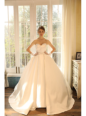 cheap Bridesmaid Dresses-Ball Gown Wedding Dresses Strapless Sweep / Brush Train Satin Sleeveless Romantic with Crystals 2020