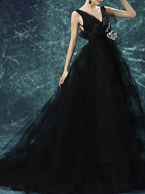 cheap Evening Dresses-Ball Gown Elegant Black Prom Formal Evening Dress V Neck Sleeveless Court Train Tulle with Bow(s) Appliques 2020