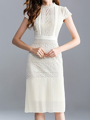 cheap Cocktail Dresses-Sheath / Column Mother of the Bride Dress Elegant Jewel Neck Knee Length Lace Short Sleeve with Lace 2020