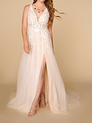 cheap Wedding Dresses-A-Line Wedding Dresses Plunging Neck Court Train Lace Sleeveless Country Plus Size with Lace Appliques Split Front 2020