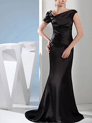 cheap Evening Dresses-Mermaid / Trumpet Wedding Dresses Off Shoulder Sweep / Brush Train Satin Short Sleeve Formal Black with Beading 2020