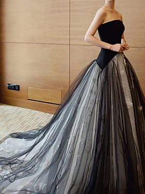 cheap Wedding Dresses-A-Line Wedding Dresses Strapless Sweep / Brush Train Polyester Strapless Formal Plus Size Black with Draping 2020