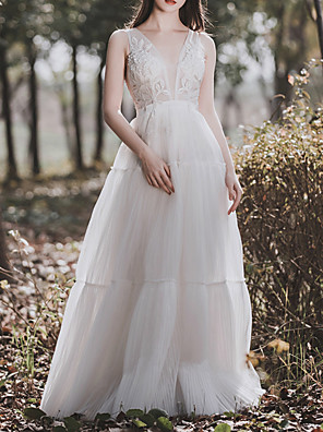 cheap Prom Dresses-A-Line Wedding Dresses V Neck Floor Length Tulle Sleeveless Simple Elegant with Lace Insert 2020