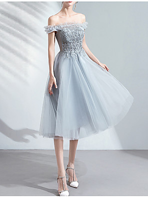 cheap Bridesmaid Dresses-A-Line Off Shoulder Knee Length Tulle Bridesmaid Dress with Appliques