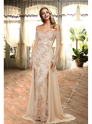 cheap Evening Dresses-A-Line Elegant Luxurious Engagement Formal Evening Dress Sweetheart Neckline Long Sleeve Sweep / Brush Train Lace with Overskirt Lace Insert Appliques 2020