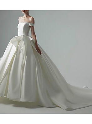 cheap Wedding Dresses-Ball Gown Off Shoulder Sweep / Brush Train Satin Short Sleeve Formal / Vintage Wedding Dresses with Ruched 2020