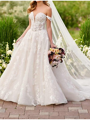 cheap Wedding Dresses-Ball Gown Wedding Dresses Off Shoulder Court Train Lace Short Sleeve Country Plus Size with Lace Appliques 2020