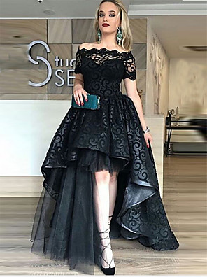 cheap Prom Dresses-Ball Gown Celebrity Style Black Prom Formal Evening Dress Off Shoulder Short Sleeve Asymmetrical Lace Tulle with Tier Lace Insert 2020