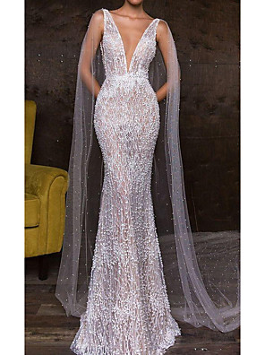 cheap Wedding Dresses-Mermaid / Trumpet Wedding Dresses Plunging Neck Sweep / Brush Train Polyester Sleeveless Sexy Plus Size with Pearls Appliques 2020