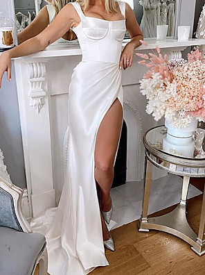 cheap Wedding Dresses-Sheath / Column Wedding Dresses Square Neck Sweep / Brush Train Charmeuse Sleeveless Country Plus Size with Split Front 2020