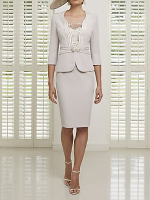 cheap Mother of the Bride Dresses-Sheath / Column Mother of the Bride Dress Sexy Illusion Neck Knee Length Satin 3/4 Length Sleeve with Lace 2020