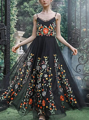 cheap Prom Dresses-A-Line Floral Black Holiday Prom Dress Spaghetti Strap Sleeveless Floor Length Tulle with Pleats Embroidery 2020
