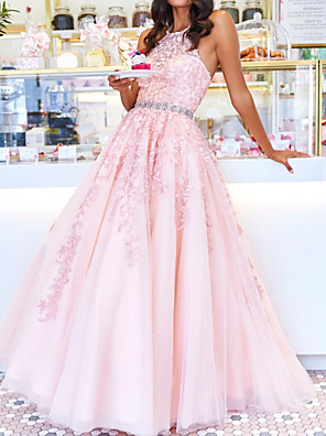 cheap Evening Dresses-Ball Gown Floral Engagement Prom Dress Halter Neck Sleeveless Floor Length Polyester with Crystals Beading Appliques 2020