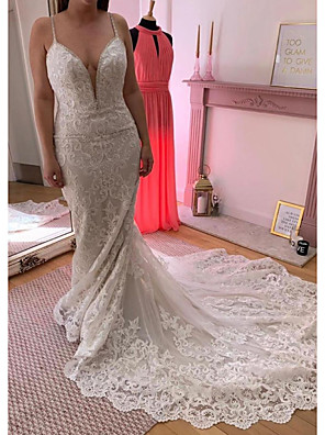 cheap Wedding Dresses-Mermaid / Trumpet Wedding Dresses V Neck Court Train Lace Sleeveless Country Plus Size with Lace Appliques 2020