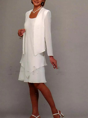 cheap Special Occasion Dresses-Sheath / Column Mother of the Bride Dress Elegant Jewel Neck Knee Length Chiffon Long Sleeve with Ruffles 2020