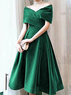 cheap Cocktail Dresses-A-Line Elegant Vintage Homecoming Cocktail Party Dress Off Shoulder Short Sleeve Knee Length Velvet with Pleats 2020