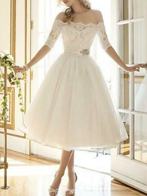 cheap Prom Dresses-A-Line Wedding Dresses Off Shoulder Knee Length Lace Tulle Half Sleeve Country Vintage Plus Size with Lace Appliques 2020