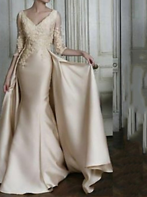 cheap Mother of the Bride Dresses-Mermaid / Trumpet Mother of the Bride Dress Elegant V Neck Sweep / Brush Train Lace Satin 3/4 Length Sleeve with Pleats Appliques 2020