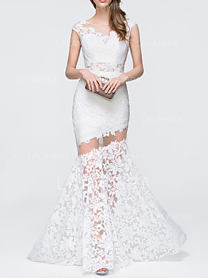 cheap Evening Dresses-Mermaid / Trumpet Cut Out White Engagement Prom Dress V Neck Sleeveless Sweep / Brush Train Lace with Appliques 2020
