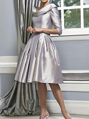 cheap Mother of the Bride Dresses-A-Line Mother of the Bride Dress Sweet Bateau Neck Knee Length Polyester 3/4 Length Sleeve with Pleats 2020