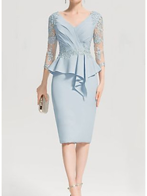 cheap Cocktail Dresses-Sheath / Column Mother of the Bride Dress Elegant V Neck Knee Length Chiffon Lace 3/4 Length Sleeve with Appliques Ruching 2020