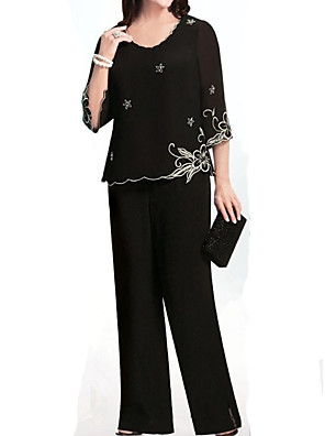 cheap Mother of the Bride Dresses-Pantsuit / Jumpsuit Mother of the Bride Dress Elegant Jewel Neck Floor Length Chiffon 3/4 Length Sleeve with Embroidery 2020