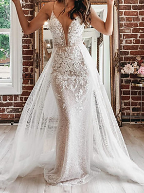 cheap Wedding Dresses-A-Line Wedding Dresses Spaghetti Strap Plunging Neck Court Train Detachable Lace Tulle Sleeveless Country Plus Size with Appliques 2020