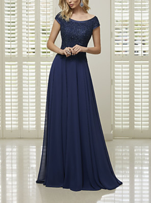 cheap Mother of the Bride Dresses-A-Line Mother of the Bride Dress Elegant Bateau Neck Floor Length Chiffon Lace Short Sleeve with Pleats 2020