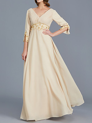 cheap Mother of the Bride Dresses-A-Line Mother of the Bride Dress Elegant V Neck Floor Length Chiffon 3/4 Length Sleeve with Pleats Beading 2020