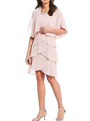 cheap Wedding Dresses-A-Line Mother of the Bride Dress Elegant Jewel Neck Knee Length Chiffon Half Sleeve with Cascading Ruffles 2020