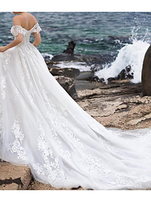cheap Wedding Dresses-Ball Gown A-Line Wedding Dresses Off Shoulder Chapel Train Lace Tulle Short Sleeve Formal Sexy with Beading Embroidery 2020