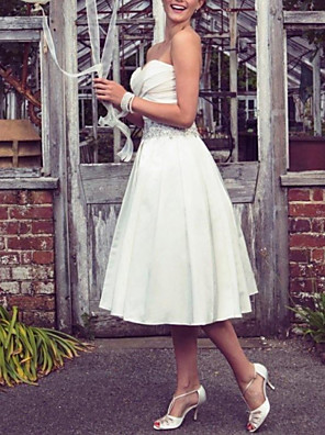 cheap Wedding Dresses-A-Line Wedding Dresses Strapless Tea Length Taffeta Half Sleeve Sleeveless Vintage Sexy Wedding Dress in Color with Pleats Ruched Crystal Brooch 2020