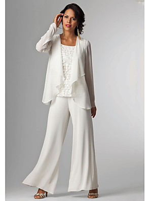 cheap Wedding Dresses-Pantsuit / Jumpsuit Mother of the Bride Dress Elegant Plus Size Bateau Neck Floor Length Chiffon Sleeveless with Beading 2020