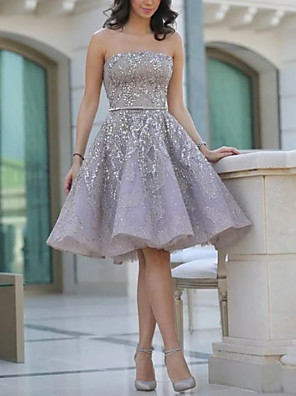 cheap Cocktail Dresses-A-Line Sexy Grey Homecoming Cocktail Party Dress Strapless Sleeveless Short / Mini Satin with Beading 2020