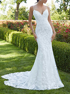 cheap Wedding Dresses-Mermaid / Trumpet Wedding Dresses V Neck Spaghetti Strap Sweep / Brush Train Lace Sleeveless Sexy Backless with Embroidery Appliques 2020