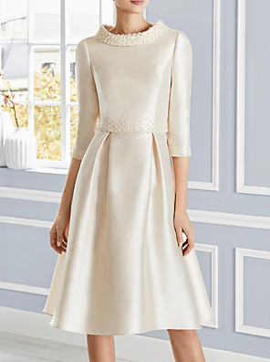 cheap Bridesmaid Dresses-A-Line Mother of the Bride Dress Elegant Jewel Neck Knee Length Satin 3/4 Length Sleeve with Pleats Beading 2020