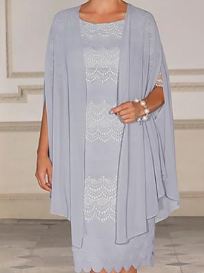 cheap Evening Dresses-Sheath / Column Mother of the Bride Dress Elegant Jewel Neck Knee Length Chiffon Half Sleeve with Beading 2020