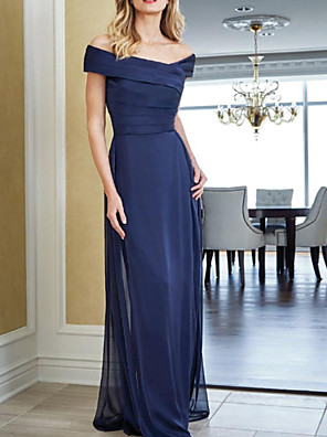 cheap Evening Dresses-Sheath / Column Mother of the Bride Dress Elegant Off Shoulder Floor Length Chiffon Short Sleeve with Ruching 2020