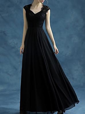 cheap Evening Dresses-A-Line Elegant Empire Wedding Guest Formal Evening Dress Queen Anne Sleeveless Floor Length Lace with Sleek 2020