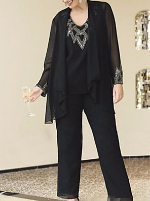 cheap Mother of the Bride Dresses-Pantsuit / Jumpsuit Mother of the Bride Dress Elegant V Neck Floor Length Chiffon Long Sleeve with Sequin 2020