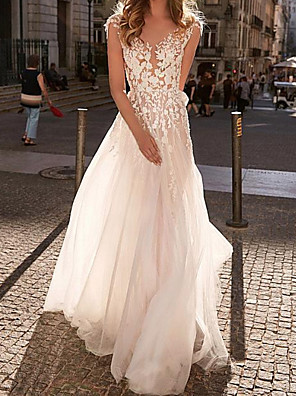 cheap Wedding Dresses-A-Line Wedding Dresses V Neck Sweep / Brush Train Lace Tulle Sleeveless Beach Sexy with Appliques 2020