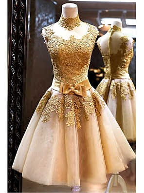 cheap Cocktail Dresses-A-Line Elegant Luxurious Engagement Prom Dress High Neck Sleeveless Knee Length Tulle with Sash / Ribbon Bow(s) Appliques 2020
