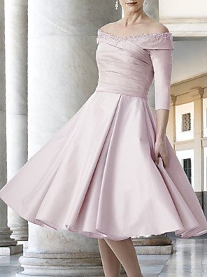 cheap Mother of the Bride Dresses-A-Line Mother of the Bride Dress Elegant Off Shoulder Knee Length Lace Satin Half Sleeve with Pleats 2020