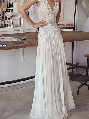 cheap Wedding Dresses-A-Line Wedding Dresses V Neck Sweep / Brush Train Lace Tulle Sleeveless Beach Boho with 2020