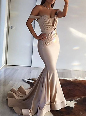 cheap Evening Dresses-Mermaid / Trumpet Minimalist Sexy Wedding Guest Formal Evening Dress Off Shoulder Sleeveless Court Train Spandex with Pleats Ruched 2020