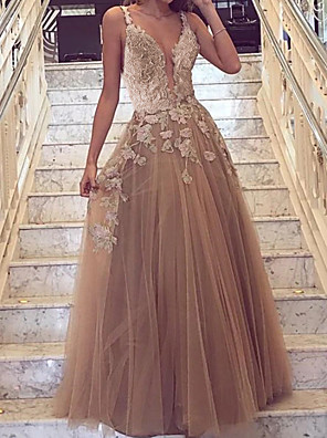 cheap Prom Dresses-A-Line Cut Out Floral Engagement Prom Dress V Neck Sleeveless Floor Length Tulle with Overskirt Appliques 2020
