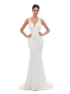 cheap Bridesmaid Dresses-Mermaid / Trumpet Celebrity Style Sexy Engagement Formal Evening Dress V Neck Sleeveless Court Train Sequined with Sequin Embroidery 2020