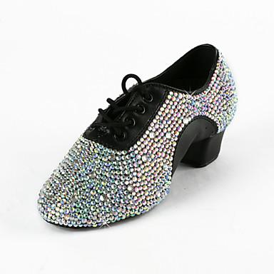 preiswerte Tanzschuhe-Damen Tanzschuhe Kunstleder Schuhe für den lateinamerikanischen Tanz / Ballsaal Strass Absätze Niedriger Heel Keine Maßfertigung möglich Schwarz