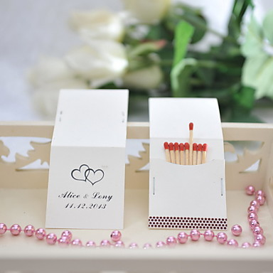 povoljno Personalizirani svadbeni darovi-Personalizirane kutije šibica Tvrda kartica papira / Miješani materijal Vjenčanje Dekoracije Svadba Klasični Tema Sva doba